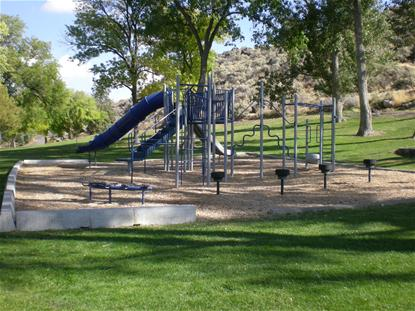 Dierkes Lake playground equipment
